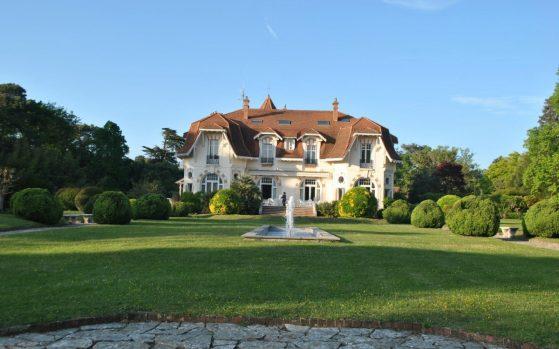 hotel-chateau-du-clair-de-lune-bruno-sono-cote-basque
